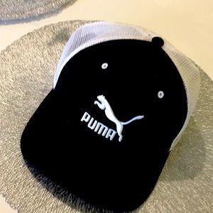 PUMA BLACK + WHITE CAP adult embroidered  UNISEX